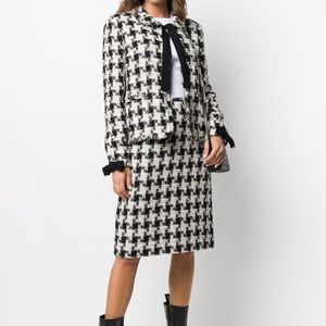 Chanel Pre-Owned Skirt Suit